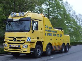 Грузовой эвакуатор Mercedes